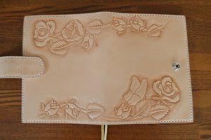 手帳カバー薔薇と蝶3